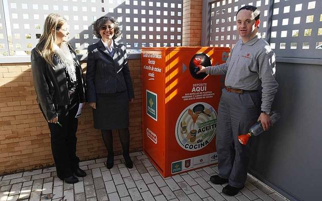 Cinco municipios contar n con contenedores para el aceite for Oficinas caja duero salamanca