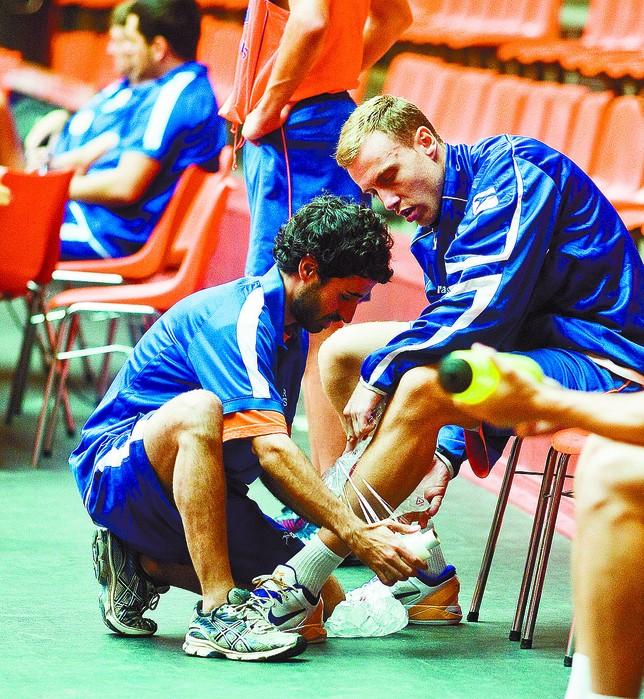 Isaac López jugó su primer partido el pasado viernes frente a Breogán.  DB/Alberto Rodrigo