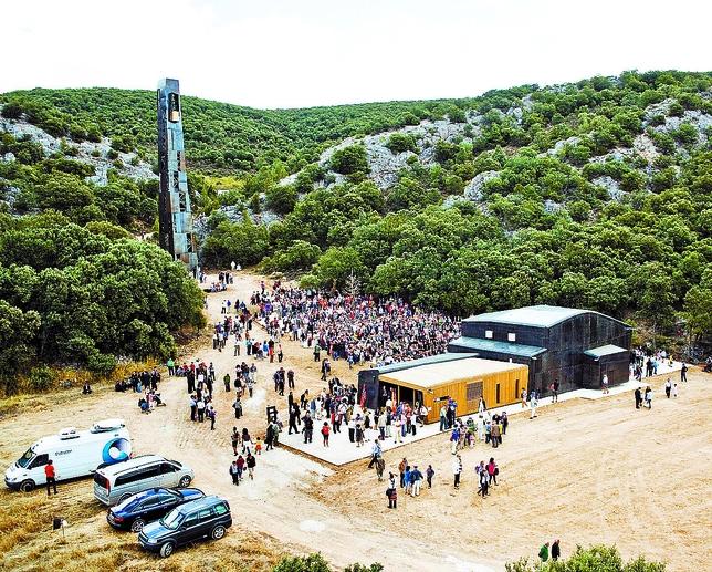 La oficina de turismo se mantiene en invierno por el auge for Oficina de turismo burgos