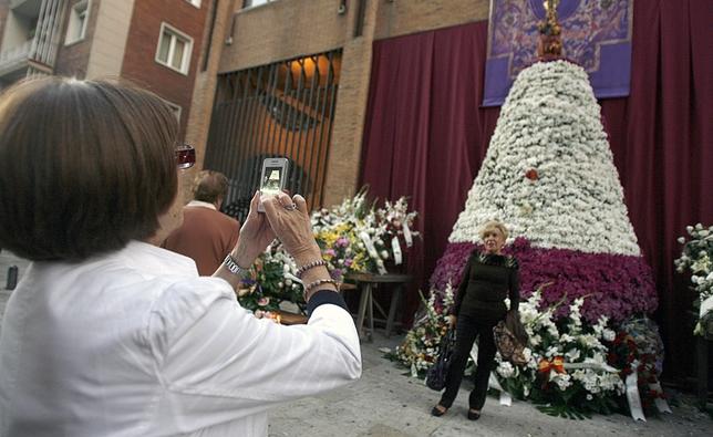 Flores a la Patrona de Valladolid.