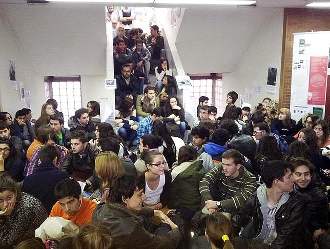 Sentada en arquitectura por el alto porcentaje de alumnos - Universidad arquitectura valladolid ...