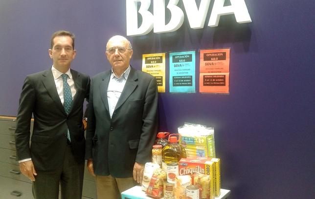 El bbva y el banco de alimentos recogen alimentos para la for Oficinas bbva valladolid