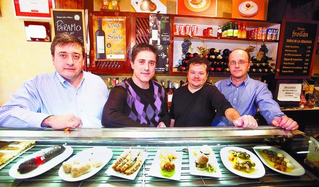 Pedro Sualdea, Mesón Froilán; Alfonso García, Silken; José Luis García, Froilán e Íñigo Rodríguez, Ceres.   Tomás Alonso