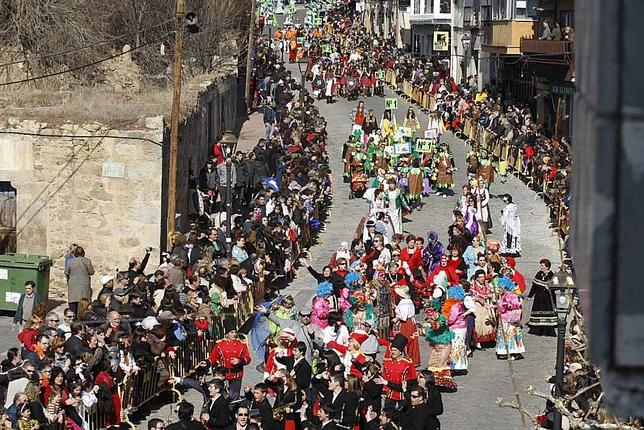 Carnaval de Cebreros, desfile de comparsas y carrozas David Castro