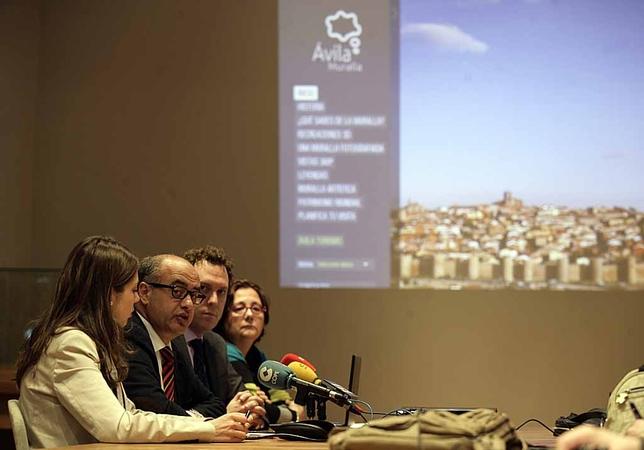 Presentación de la nueva web de la muralla. David Castro