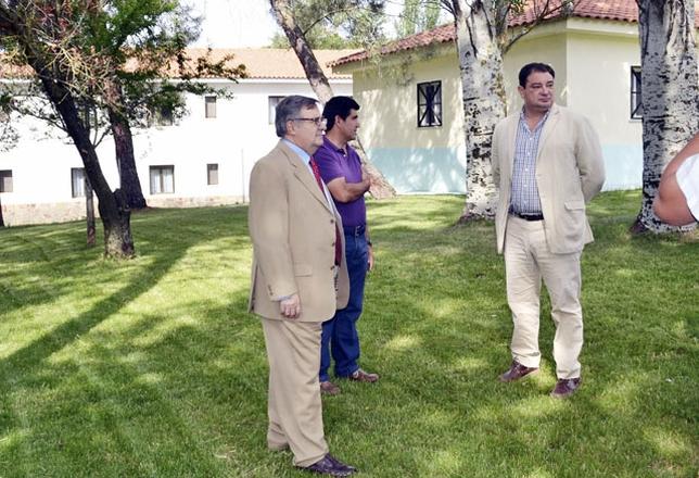 El ayuntamiento busca un promotor privado para los ba os - Banos del robledillo ...