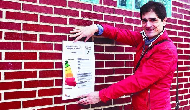 José Carlos Leal está trabajando en una tesis doctoral sobre el aprovechamiento de la energía en la arquitectura de la Ribera del Duero. Patricia González