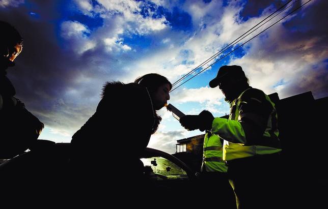 El nuevo anteproyecto de Ley de Tráfico elevará de 500 a 1.000 la cuantía de estas multas. Valdivielso