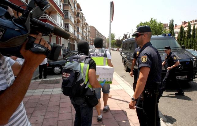 Dos detenidos en una redada contra el narcotráfico en la calle Salud AGENCIA ICAL