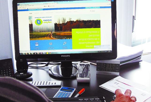 Empresas empleo programa del ceder para parados y for Oficina de empleo burgos