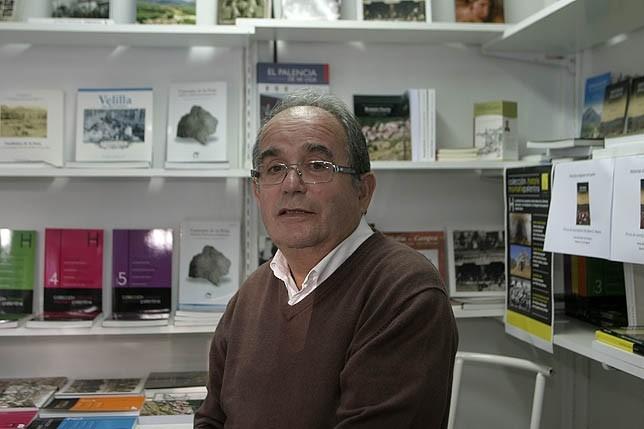 Imagen del escritor Jaime García Reyero, elegido por el Ayuntamiento de Guardo como pregonero de las Fiestas de San Antonio que se celebrarán en junio. Esther Paredes