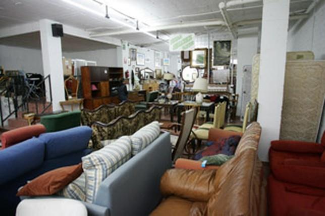 Los albacetenses tiran un 50 menos de muebles a la basura - Muebles segunda mano albacete ...