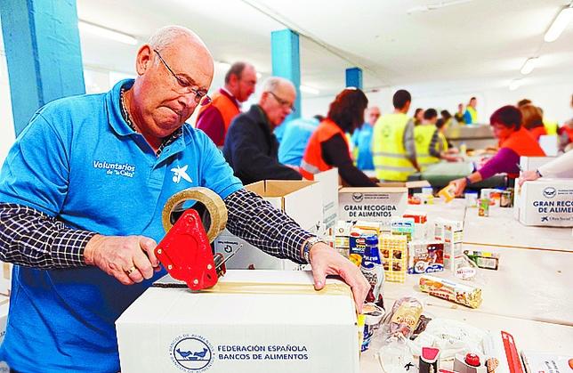 56 toneladas de comida para el banco de alimentos diario for Oficinas caixa burgos