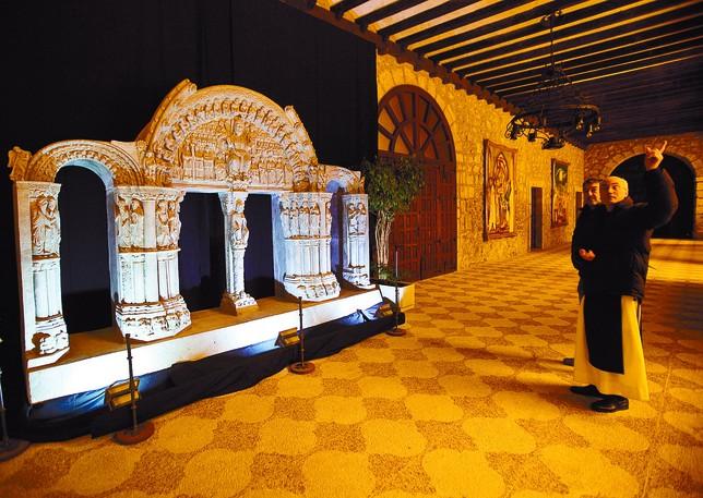 La reproducción, única realizada con esas dimensiones: cuatro metros de largo por tres de alto. Miguel Ángel Valdivielso