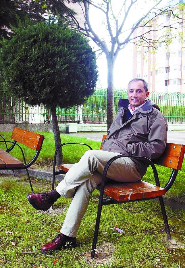 Delibes de Castro, en un parque de Valladolid. rubén cacho (ical)