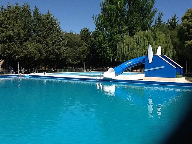 Las piscinas del monte y el campo de la juventud inician temporada diario palentino - Piscinas en el campo ...