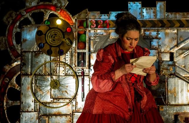 'Teatro Sonetos entre todos', representada ayer por la tarde en Olmedo. El Día