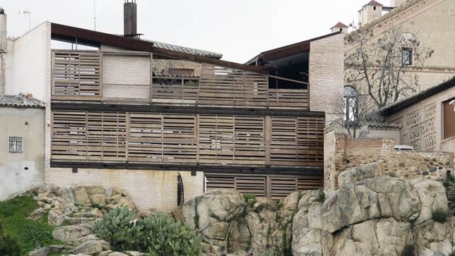 La arquitectura moderna llega al casco la tribuna de toledo for Escaleras toledo