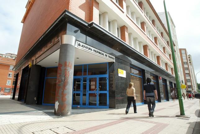 La dgt elimina los pagos en met lico en la jefatura - Jefatura provincial de trafico madrid ...