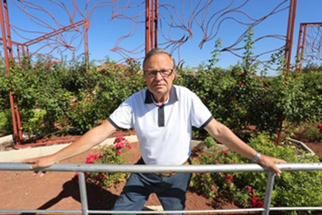Fernando carre o el jard n bot nico acumul en su primer for Jardin botanico castilla la mancha