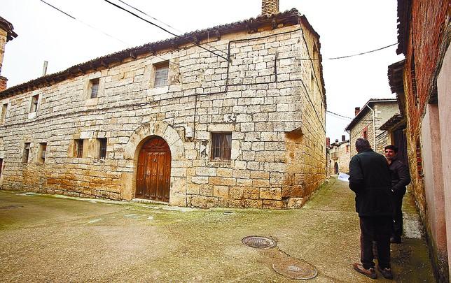 El municipio compra la casa rectoral para convertirla en - Piedra de silleria ...