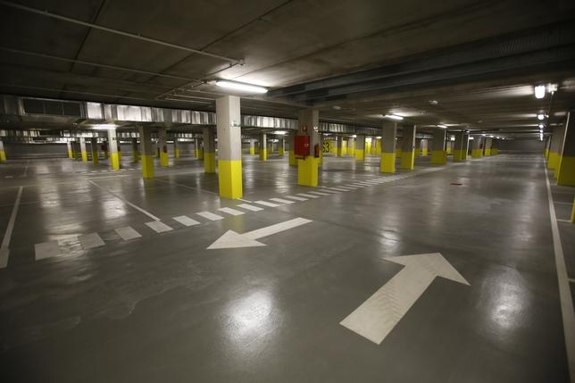 El aparcamiento del cl nico costar entre 1 50 y 1 70 - Pintura suelo parking ...