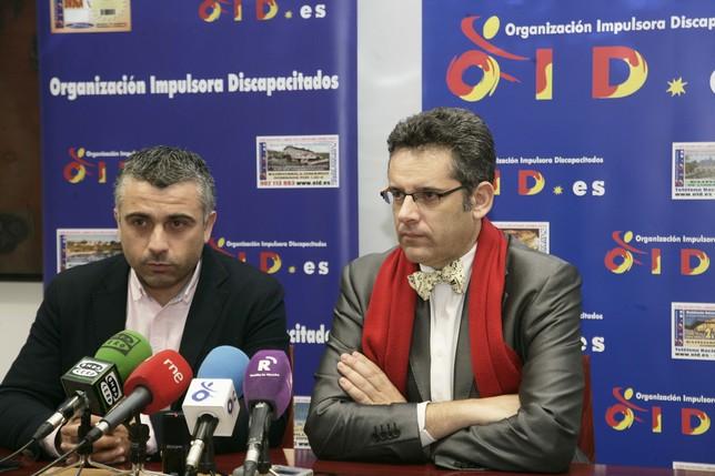José Luis Muelas y Javier Gallego, ayer, en rueda de prensa. Peña