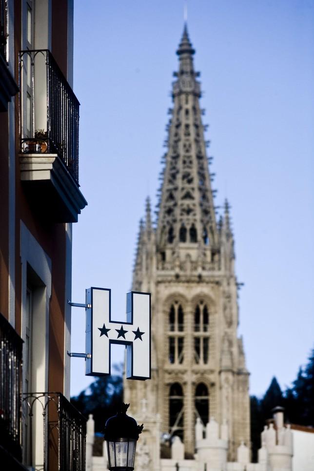 Los hoteles con tres o m s estrellas pueden especializarse for Hotel familiar en capital