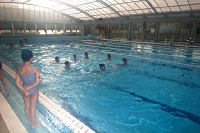 La piscina cubierta del carlos belmonte es elegida la for Piscina municipal albacete