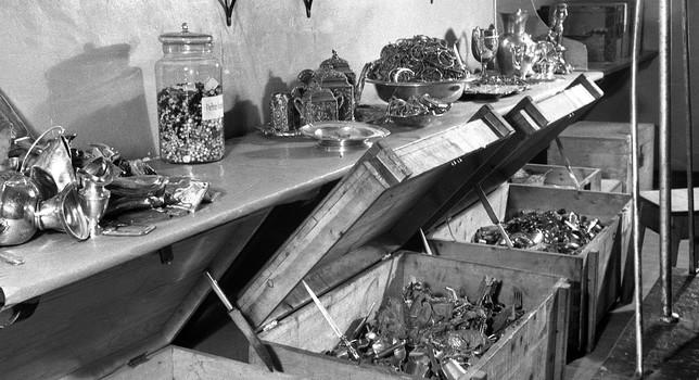 El oro, la plata y las joyas llegaban al centro de Burgos en cajas de madera. Cifra