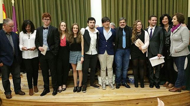 Bachillerato Internacional, primera promoción
