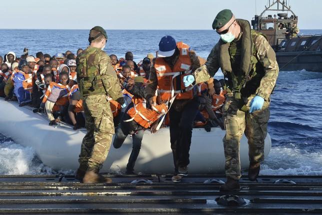 Resultado de imagen de La UE pide a España que acoja a un 9,1% de demandantes de asilo y a 1.500 nuevos solicitantes