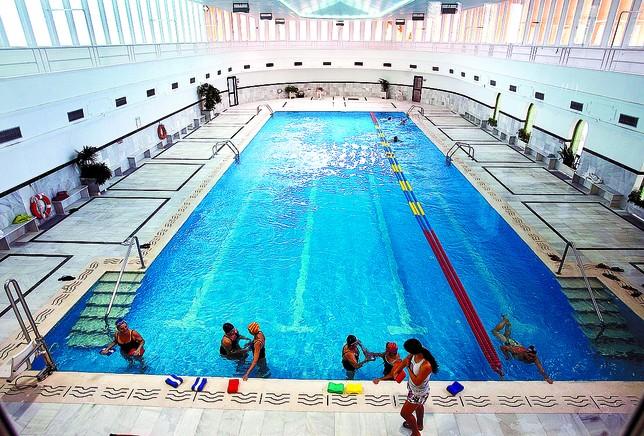 Burgos la deportiva se abre a la tropa for Solados para piscinas