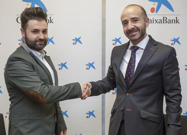 Ruiz y Jato, tras firmar el acuerdo. DB