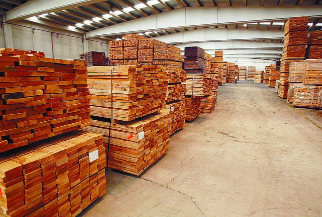 Una empresa de palacios de la sierra reabre una f brica de madera en el espinar diario de burgos - Fabricas de madera ...