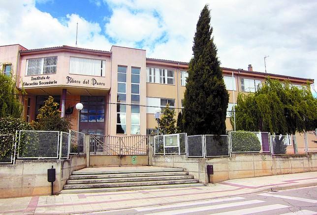 El IES Ribera del Duero se encuentra en el municipio ribereño de Roa de Duero. DB