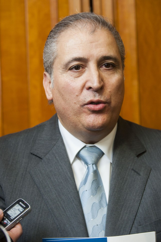 Francisco Romero Reyes MartÃnez - C0D9F5B1-E58E-C018-E49A40F763D2A77A