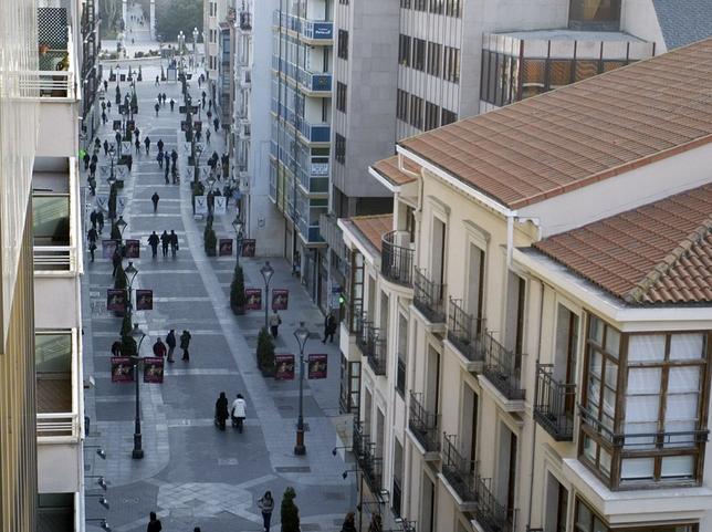 Los alquileres de pisos en la calle santiago est n entre los diez m s caros de espa a el d a - Calle santiago madrid ...