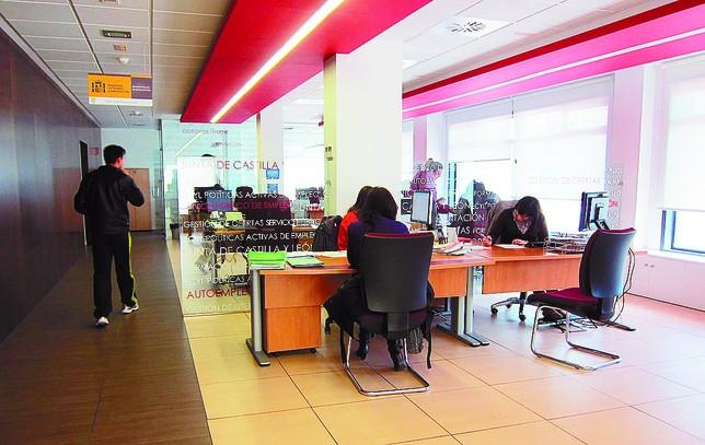 Burgos perdi asalariados en 4 a os de ellos for Oficina del consumidor burgos