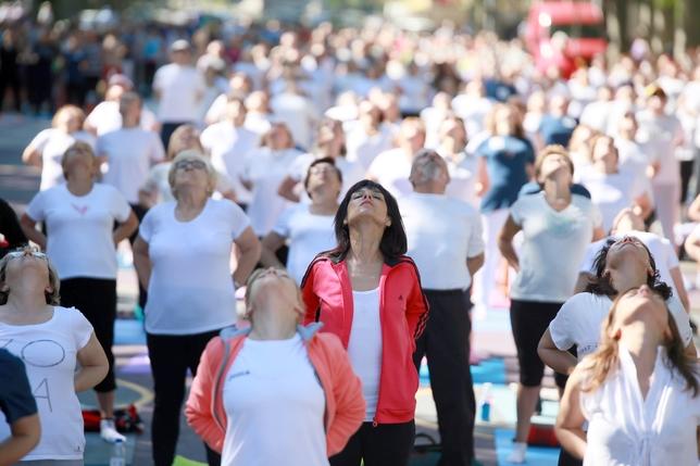 Valladolid se suma al Día Internacional del Yoga