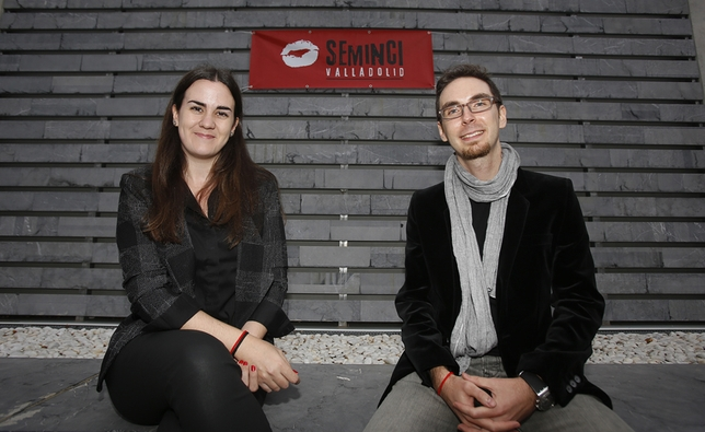 Elena y Pedro, directores del documental. Tajes