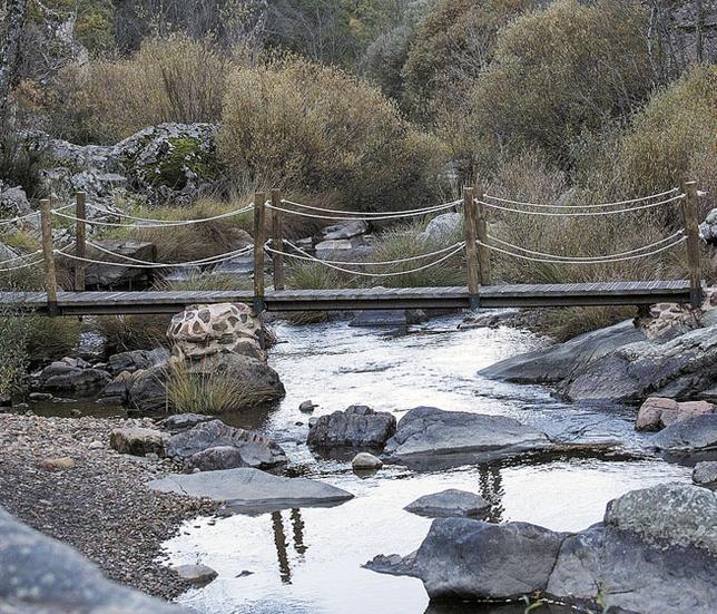 El río Estena a su paso por el Parque Nacional de Cabañeros. / RUEDA VILLAVERDE