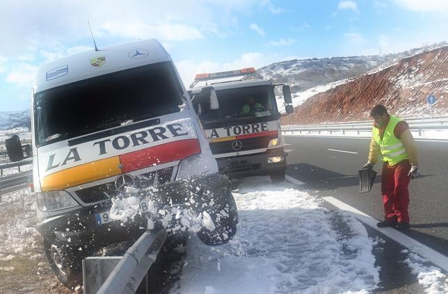 Autovía A-67 en los entornos de Aguilar de Campoo