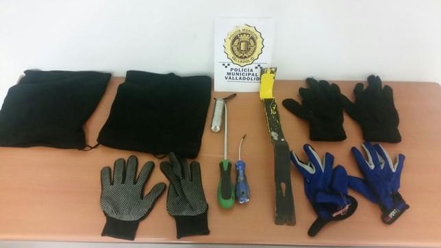 Pillados robando 60.000 € en ropa @PoliciaVLL