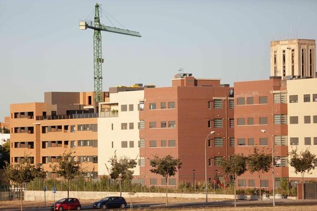 La ca da del mercado lleva a la vivienda libre a cuatro for Viviendas en ciudad real