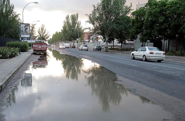 Euros para mejoras en el acerado en la carretera de - Jefatura provincial de trafico de badajoz ...