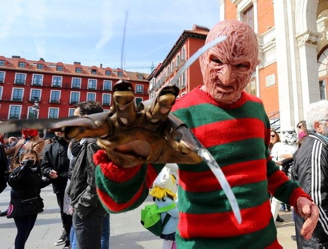 Desfile cosplay del X Salón del Comic y Manga de Castilla y León. Leticia Pérez (Ical)