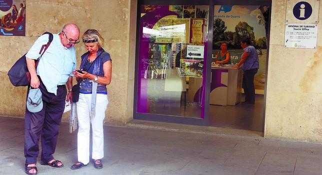 Las visitas a la capital ribere a se ven mermadas un 10 for Oficina de turismo de toledo capital