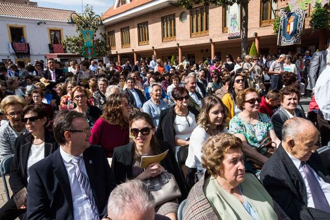 Numerósos fieles asistieron al oficio religioso /Fotos Rueda Villaverde