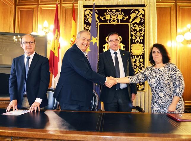 La diputaci n aporta euros a los hosteleros para for Oficina de turismo cuenca